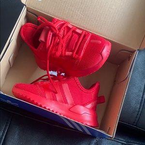 Red toddler (5c) Adidas